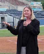 Lorraine Hentz welcomes attendees
