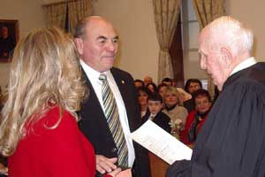 Image of Richard A. Vohden is sworn in as Freeholder