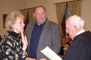 Image of Susan M. Zellman being sworn in as Freeholder Deputy Director