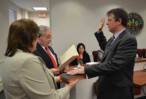 Gregorgy V. Poff II is sworn in